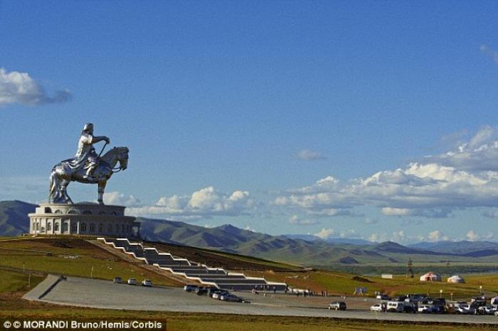 Although the actual tomb for Khan is still hidden, monuments and statues exist all over Mongolia. (M
