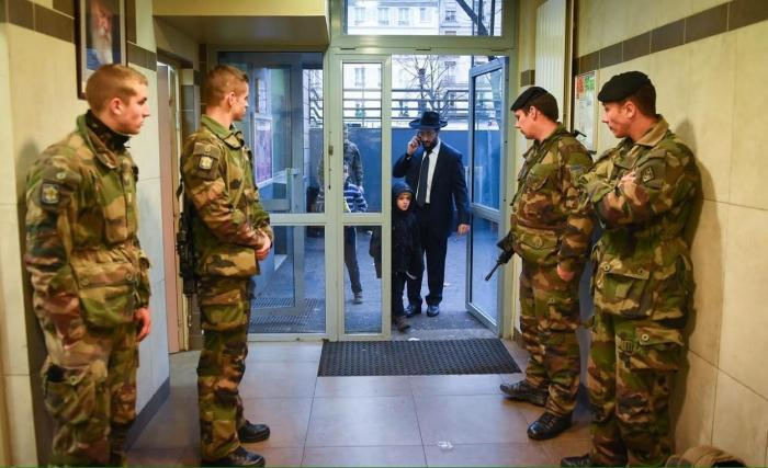 Jew Detector: Armed Military Protects Jewish Schools In France As