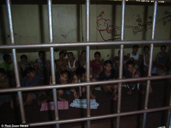 Locked up Filipino children