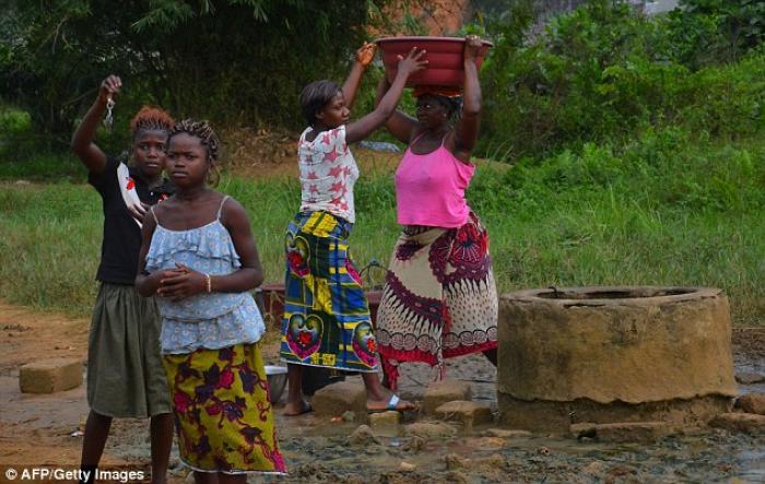 Water well in Yopougon, a suburb of Abidjan