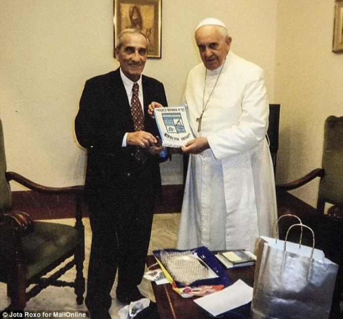Pope Francis and longtime friend Oscar Crespo