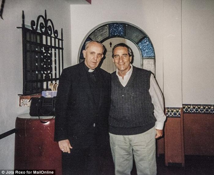 Pope Francis and Oscar Crespo when the Pope was an archbishop